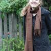 mørkebrunt tørklæde