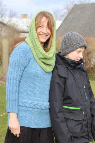 Strikkesæt - Dejlig pigesweater i håndspundet babyalpaka uld