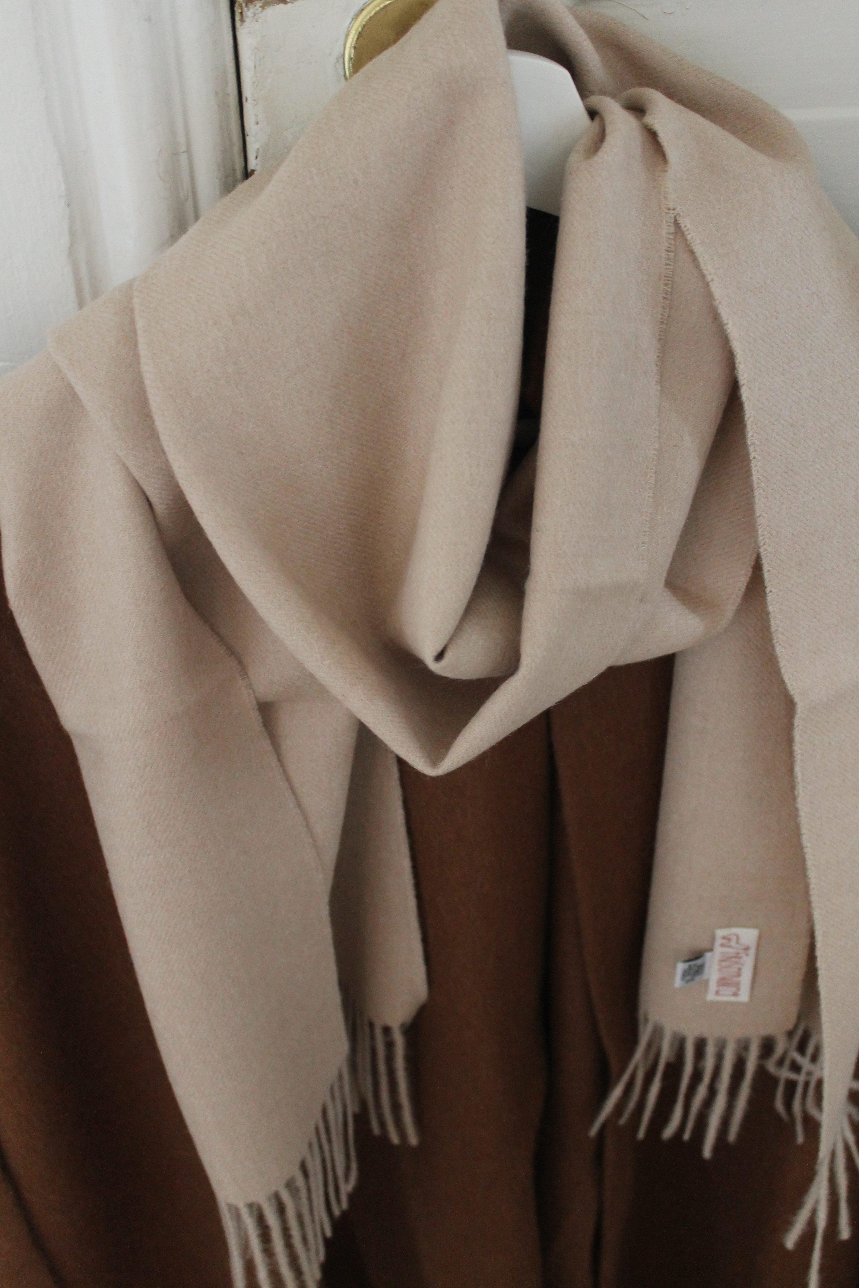 bed16b5838c52 Cream colored scarf – 100% baby alpaca wool